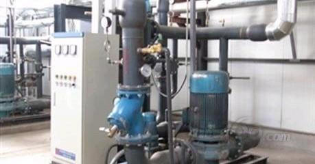 换热站主要由热交换器,循环泵组,补水泵组,传感仪表,调节阀门,plc控制